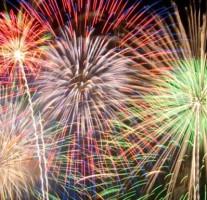 第42回祭りなかがわでは4000発の花火が打ち上げられます。