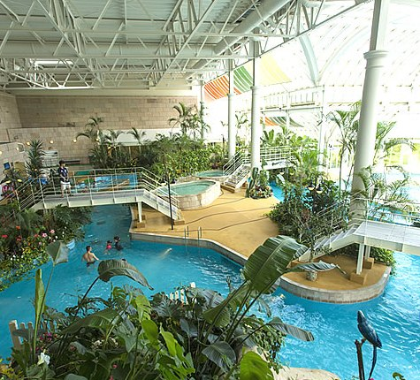 ハウステンボス水の王国スパ&リゾートプール