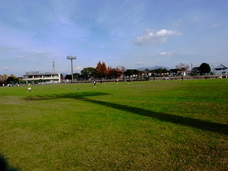 白水大池公園の芝生グラウンド