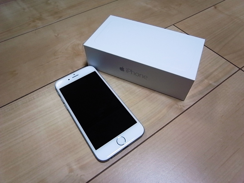 iphone6の64GBシルバー写真