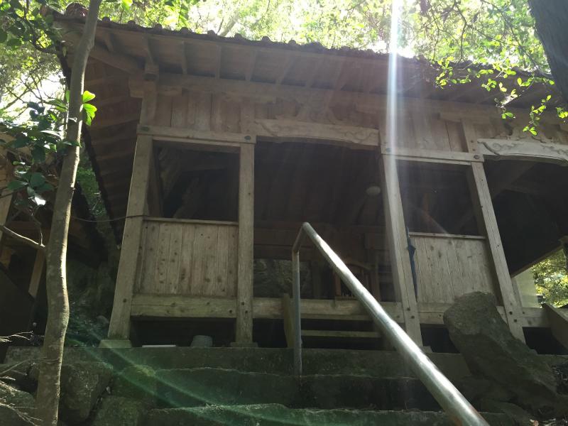 戸板山神社の社