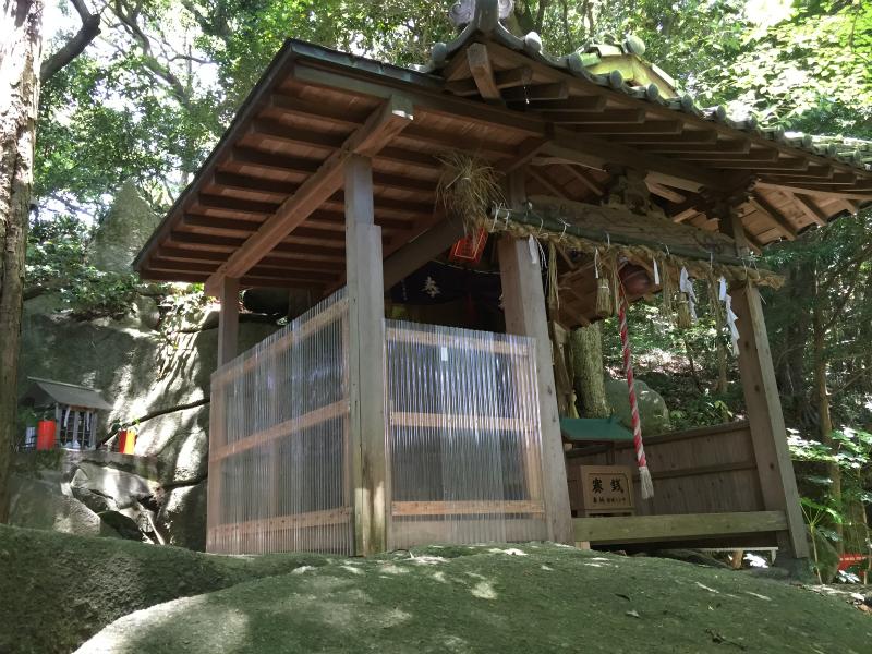 高津神社の社殿