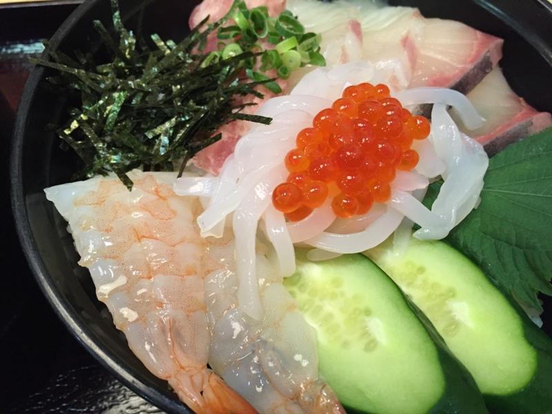 玄海の郷の海鮮丼