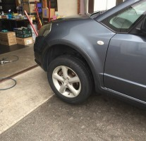 「タイヤのイノウエ」さんでタイヤ交換してもらいました。超激安です。