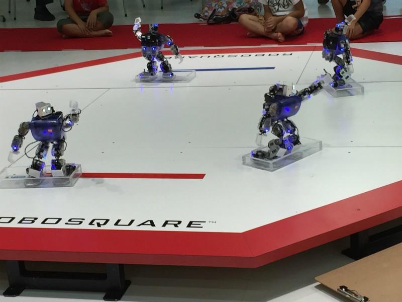 韓国のロボットによるダンスパフォーマンス