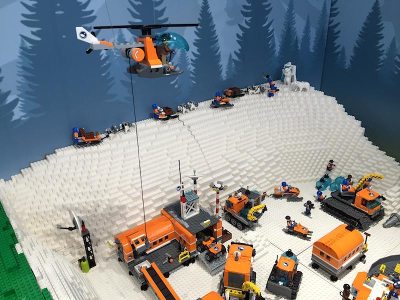 レゴの雪山