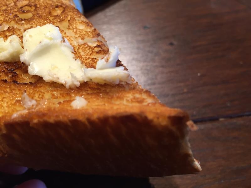 バターを付けて