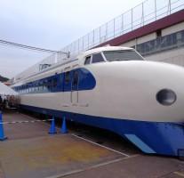 博多総合車両所が一般公開される「新幹線ふれあいデー」に行ってきました。