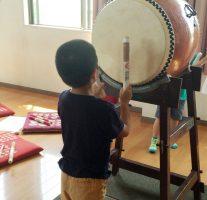 息子の付き添いで区民夏祭りに向けた太鼓の練習に行ってきました。