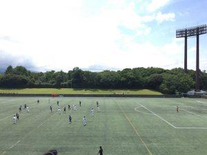 春日公園でジョギング中に中体連サッカー大会を観戦。ハーフタイム前に休憩があってビックリ!